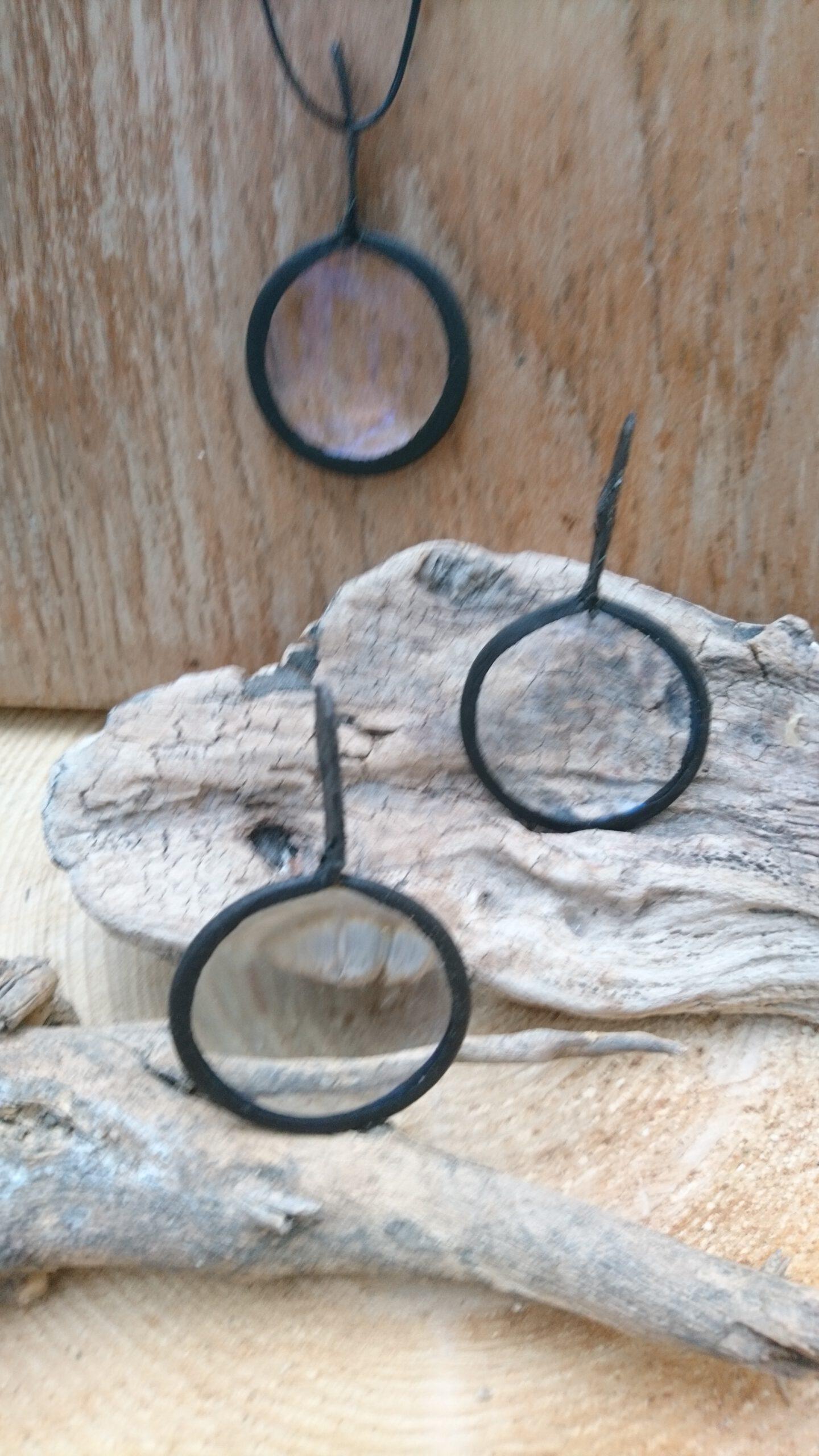 Vergrößerungsglas und Brennlinse